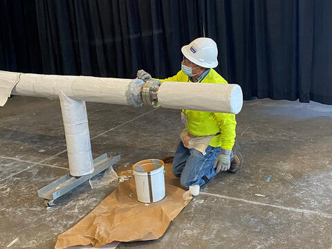 applying vapor stop on Cryogel cryogenic pipe insulation