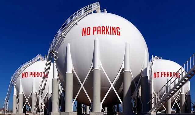 Spheres-no-parking-874080-edited.jpg